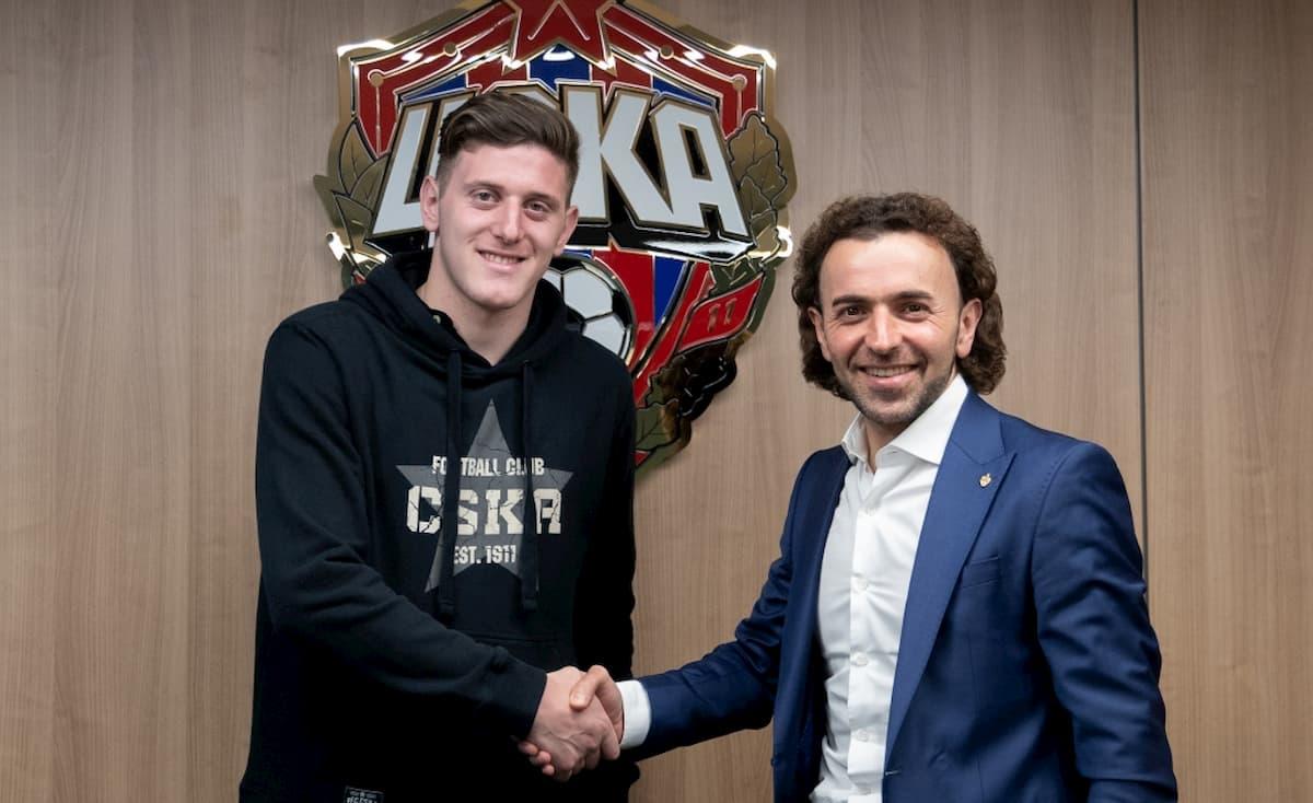Adolfo Gaich y el presidente del CSKA
