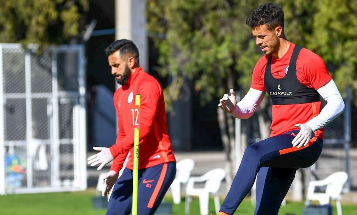futbolistas entrenando