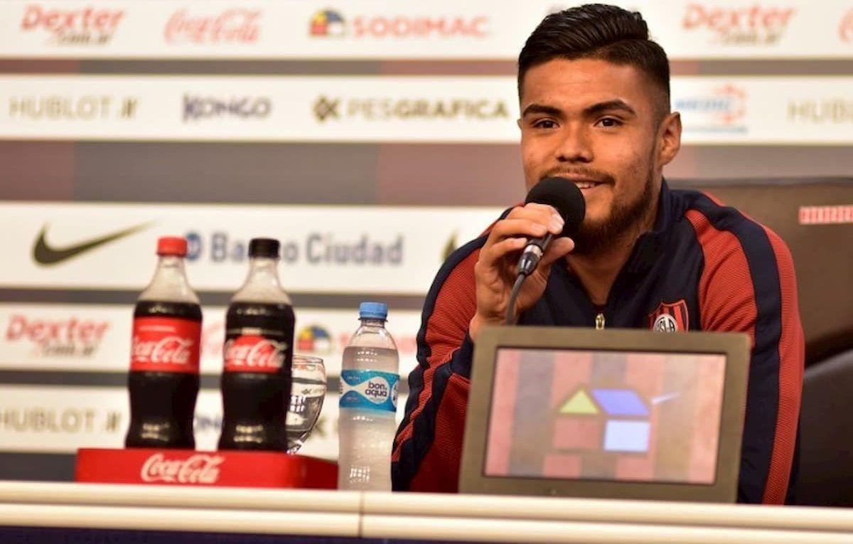 Paulo Díaz en conferencia de prensa en San Lorenzo