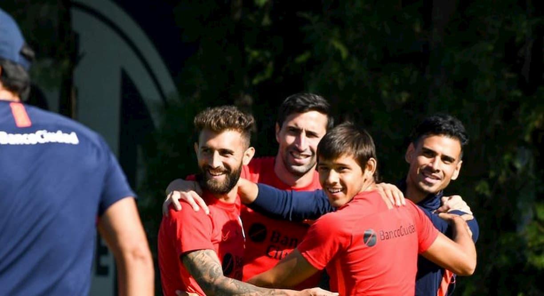 felicidad en el entrenamiento de San Lorenzo