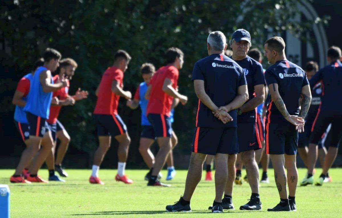 Tocalli, Romagnoli y Acosta al frente del equipo